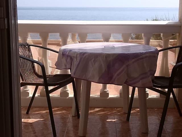Apartamento con vistas al mar. - Adra - Leilighet