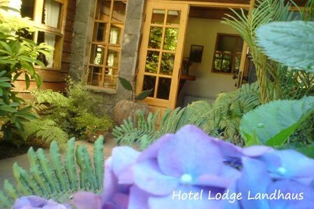 Lodge Landhaus Pucon - Nachhaltig geniessen - Temuco - Gjestehus