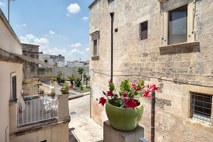 With panoramic terrace in historical centre - Apartment delle Stelle