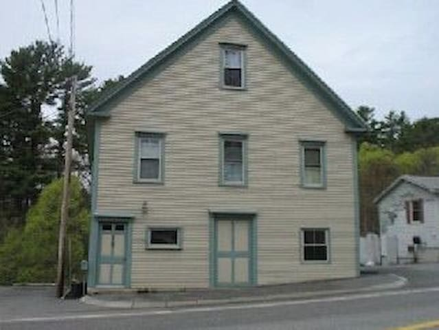 Spacious and comfortable  historic building. - Topsham - Haus