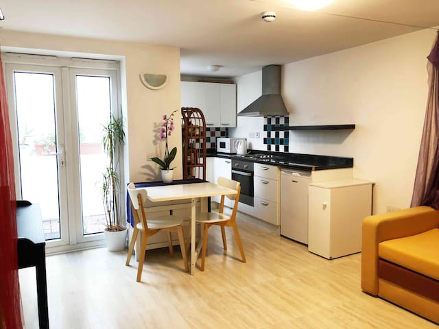 Cosy, Charming, Relaxing Studio, Central Brighton