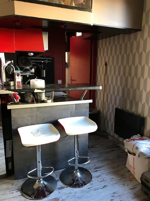 mini bar avec cuisine