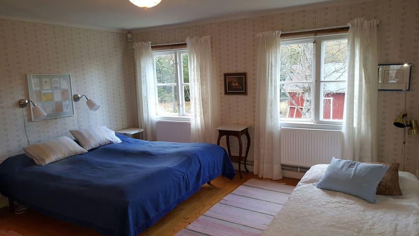 Master bedroom. Floor 2