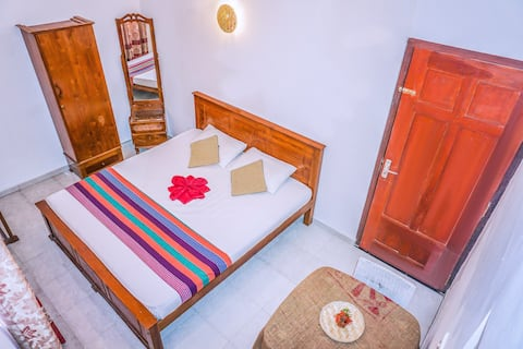 Deluxe Double Room with Private Bath Room -Mirissa