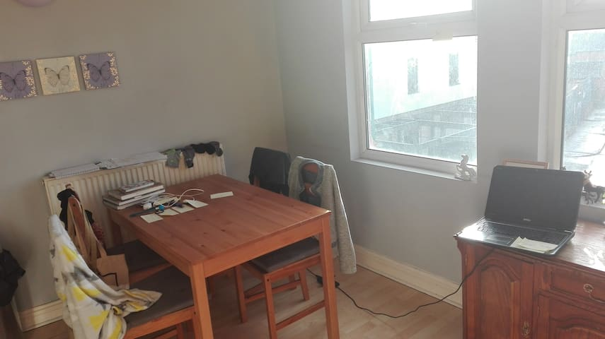 Simple,basic apartment with sofa for cheap stay