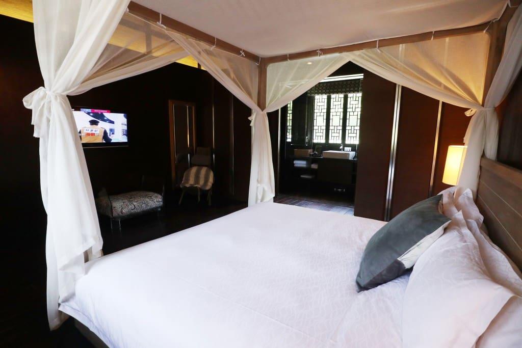卧室( Bed room)