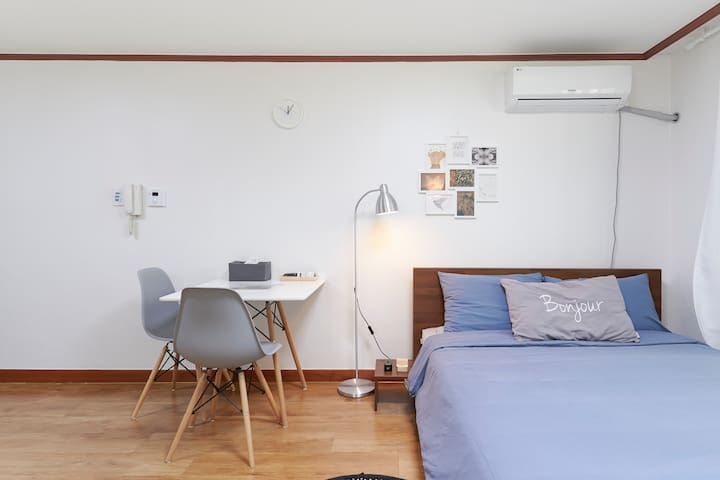 [SALE]JUNI House#2, near by DMC,10 min to Hongdae