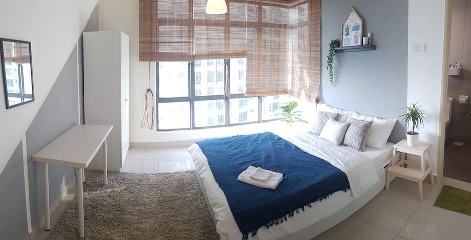 [Near IKEA] JB Apartment Private Bedroom Bathroom