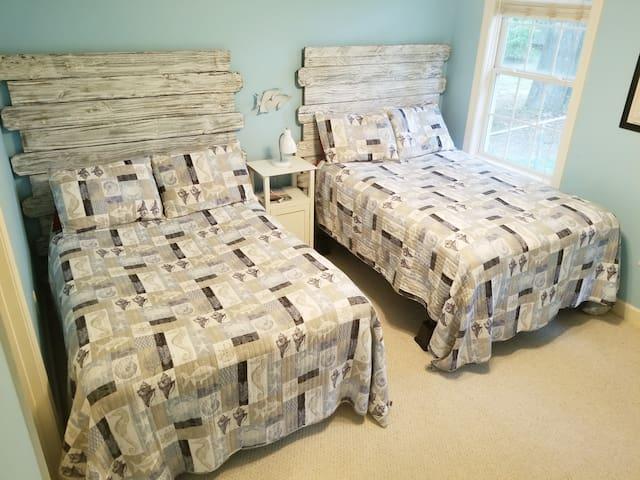 1st Floor Double Beds With TV Bedroom 3
