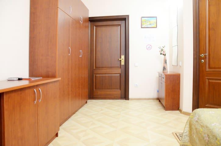 Уютный номер в отеле на двоих в г.Ростов-на-Дону