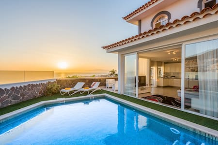 WONDERFUL LUXURY VILLA OCEAN VIEW HEATED POOL