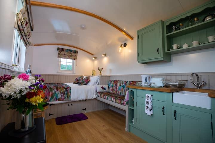 Shepherd hut Blaney - Hummingbird