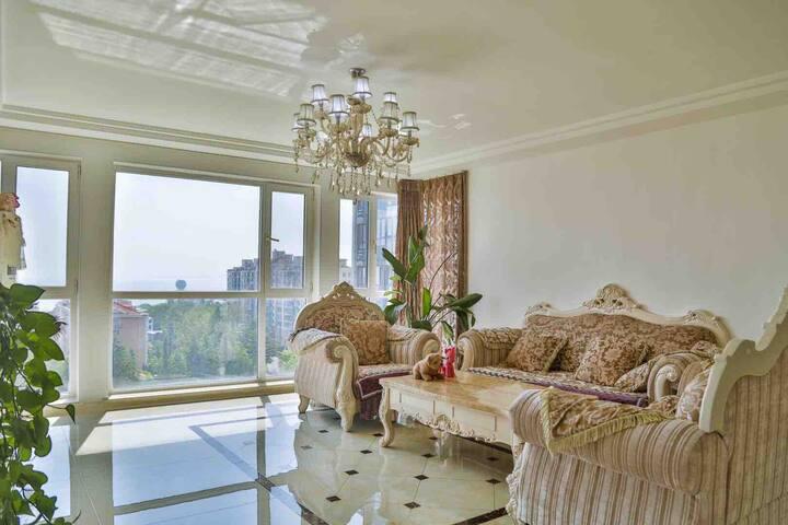 烟大/渔人码头豪华海景大3居室176平Yantai university sea-view room