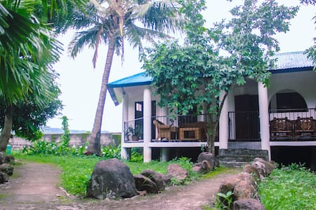 Private Eco Bed & Breakfast just outside Manila