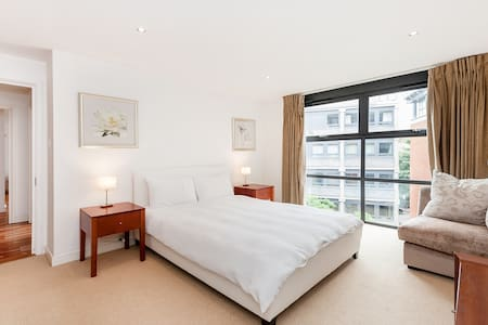 Luxury Central London 2bed 24h porter - Lontoo