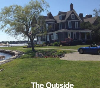 Victorian Waterfront Home - Groton