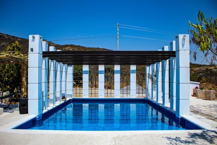 Villa Mezquite con Alberca