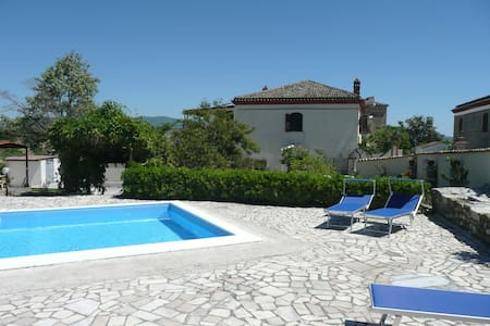 Casa Olive, Landgoed Misossero - Senise - Ev