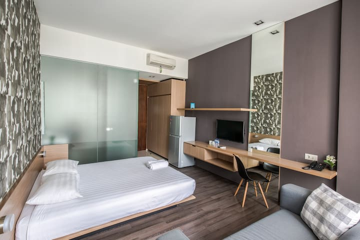 MODERN ROOM in CBD Jakarta with city view