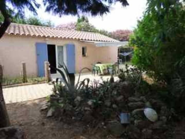 Maison indépendante de 50 m2 Hyéres , PACA