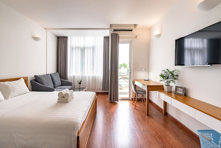 [UP TO 60% OFF] Has Balcony D3 @Turtle Lake TC-73