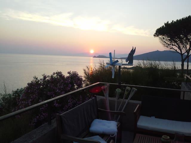 Magnifique Villa, Vue panoramique sur la mer - L'Île-Rousse - Villa