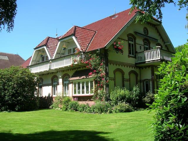 Idyllischer Hof im Ammerland