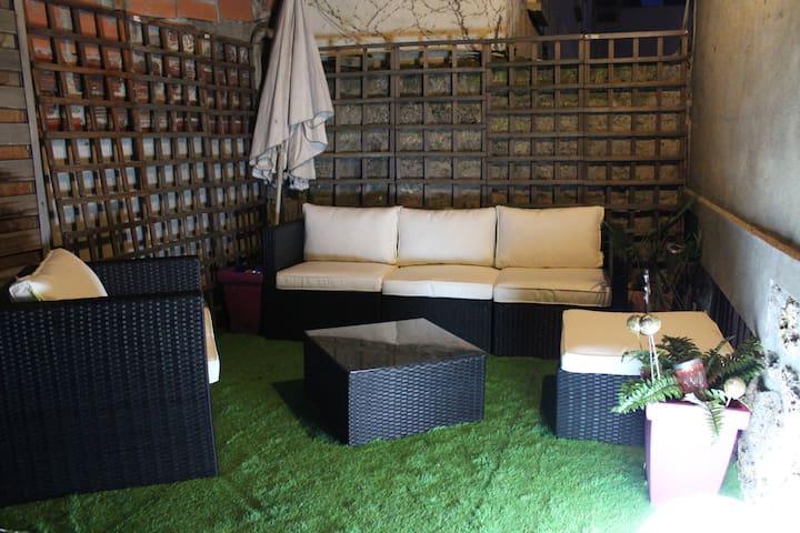 Maison avec terrasse proche Paris - Issy-les-Moulineaux - Ev