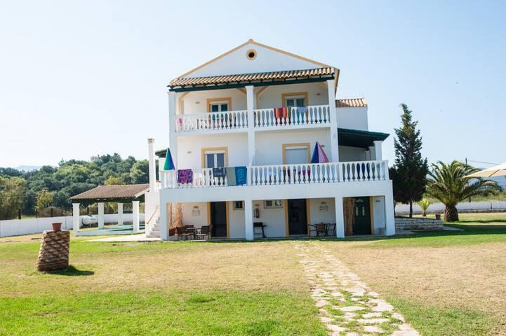 Villa Tyfania - Kerkira - Villa