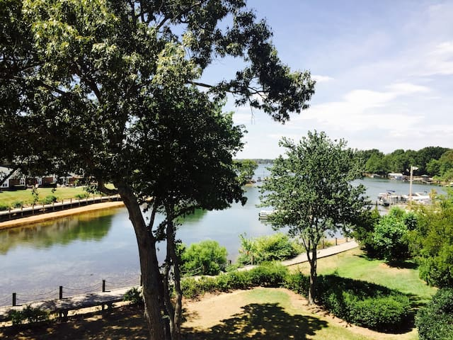 Harborside Villas - Cornelius - Condominium