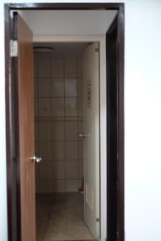 單人套房-門口