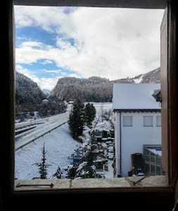 Studio room at 3,5 km Sankt Moritz - Apartament