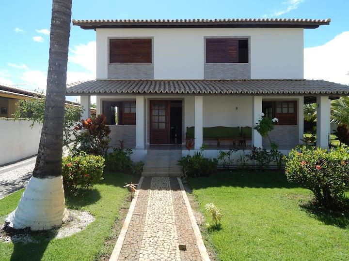 Casa em Guarajuba, 200m da praia