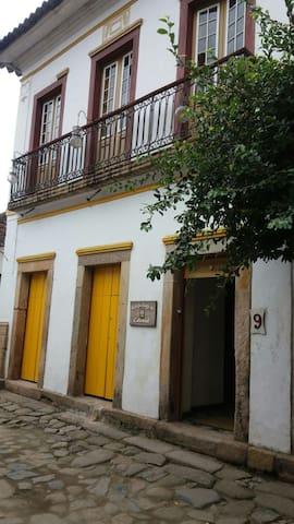 Hospede se no centro histórico