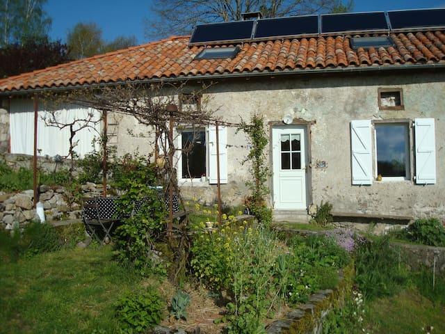 Maison isolée pour un retour aux sources - Montjoie-en-Couserans