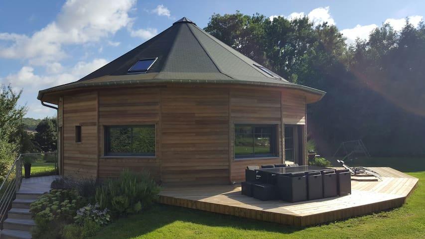 Chambre Privée dans Maison en Bois - Yaucourt-Bussus