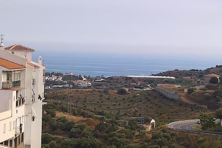 Spacious casa with A+ sea, mountain & town view