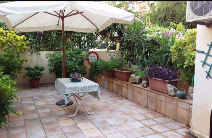 Charming Appartment in Antelias - Antelias  - Daire