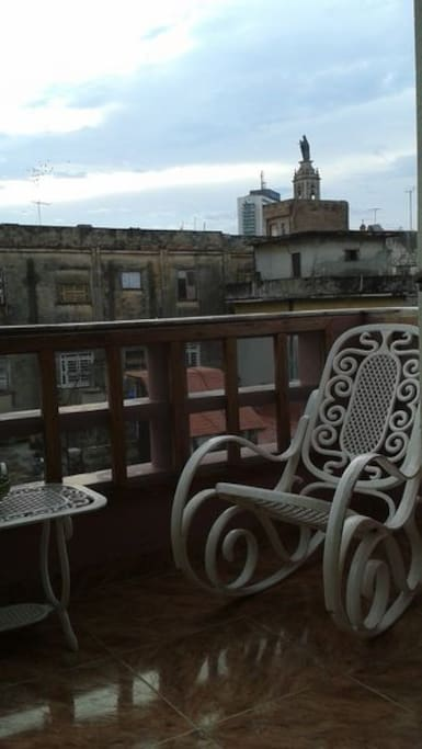 Balcon con vista a la ciudad