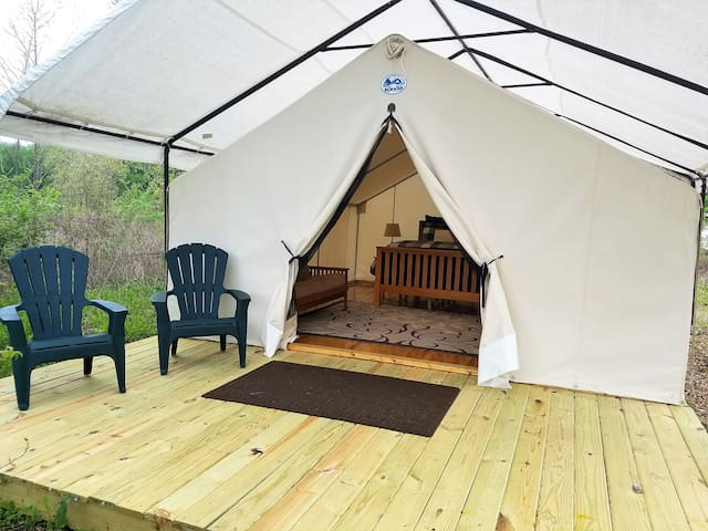 Glamping in St. Louis - A Secluded Safari Camp