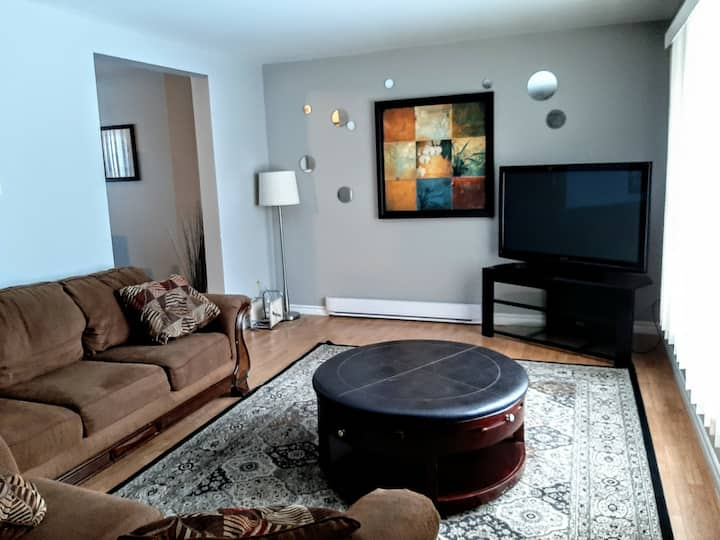 Separate home. No cleaning fee, 3 bedrooms