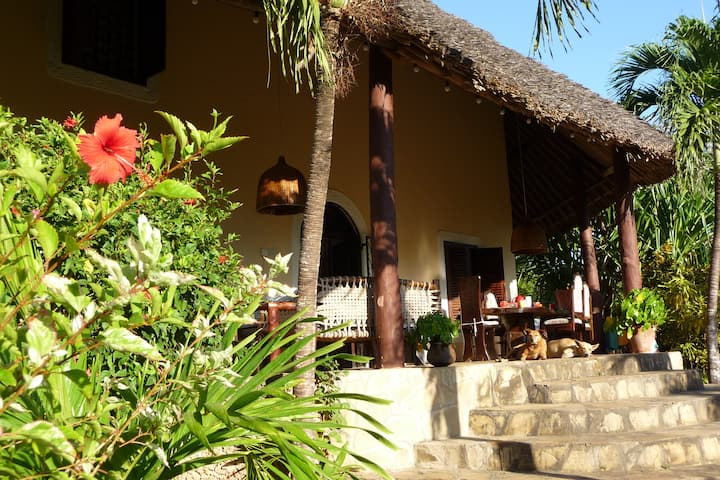 Villa Palms mit Privatpool Diani Beach