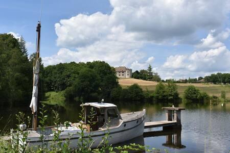 Beautiful & quiet castle - Perigord - Augignac - Castle