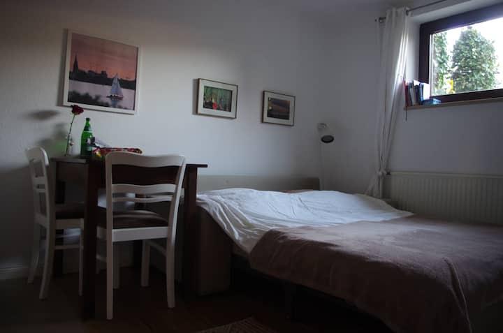 Cosy room + own bath + kitchenette