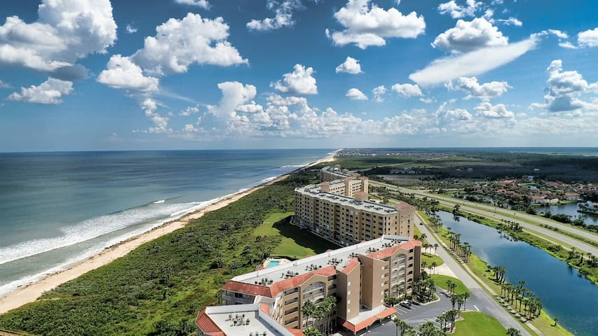 Oceanfront Condo with stunning views