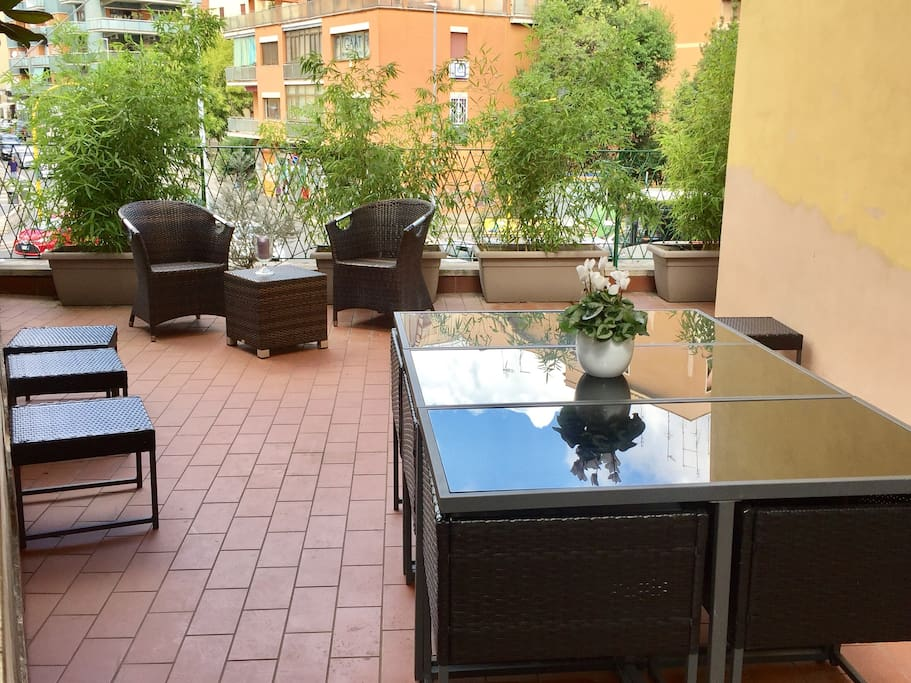 BIG TERRACE WITH TABLE AND SOFA