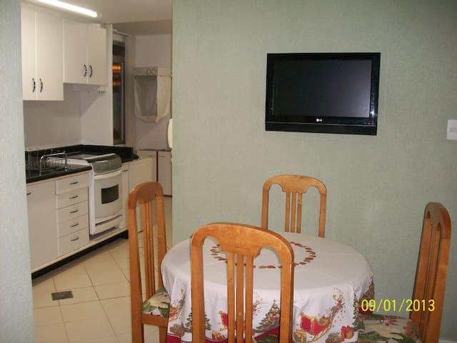 Lindo e Aconchegante Apartamento em Florianópolis