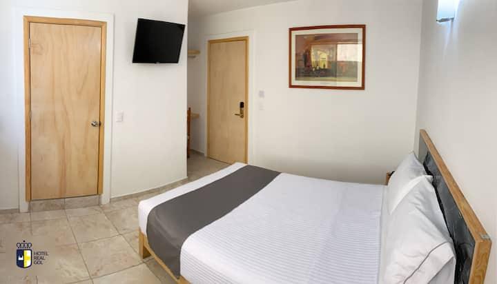 Hotel Real GDL - Habitación Estándar Doble 5