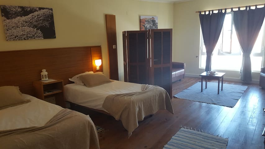 A Casa do Lado AL 46- Superior Room
