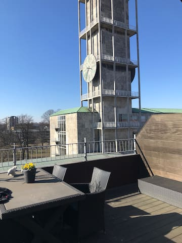 værelse i penthouse, Århus Centrum